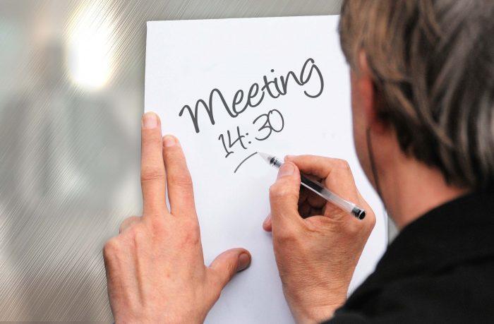 Een meeting om 14.30 breekt heel de middag waarschijnlijk