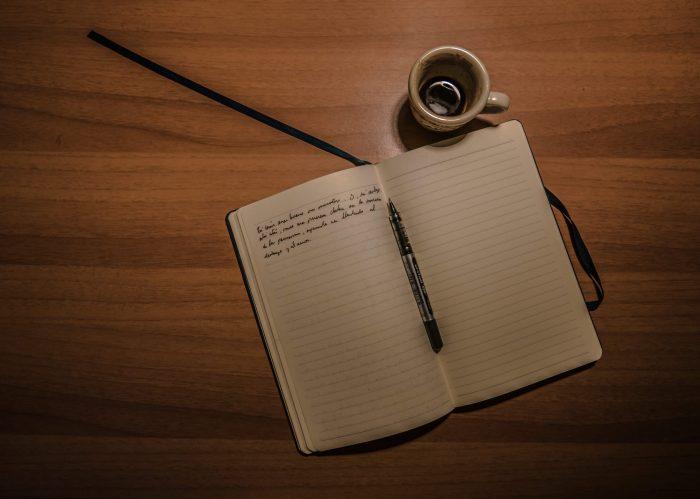 Houd gewoon eens bij in een boekje welke stappen je uitvoert voor een proces